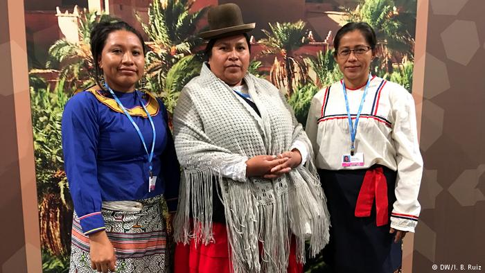 Latin American women at COP23 working for climate protection (DW/I. B. Ruiz)