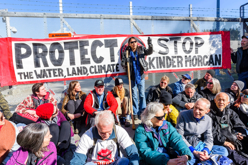Protesters block entrance to Kinder Morgan Trans Mountain Pipeline, Burnaby, British Columbia, 17 March 2018. Credit: Michael Wheatley / Alamy Stock Photo. MBDPR1