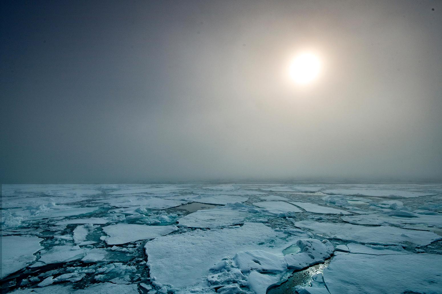 Arctic sea ice breaking apart. Credit: Jenna Chamberlain / Alamy Stock Photo. PE9R7J