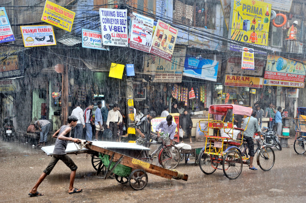 A storm hits Old Delhi during the Indian monsoon season. Credit: GoSeeFoto / Alamy Stock Photo. C7RCAW