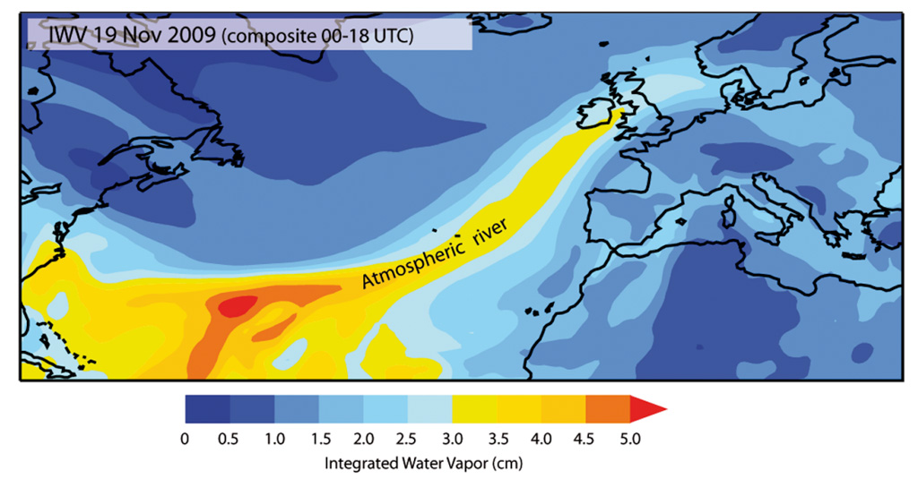 Map using ERA-Interim data showing the composite integrated total column of water vapour between 00-00 and 18-00 UTC 19 November 2009
